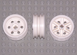 LEGO LOT 4 WHEELS SOLID TIRES 43.2 X 14 LIGHT BLUISH GRAY RIMS 30X14 30699 56904