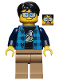 Minifig No: hs020  Name: Paul