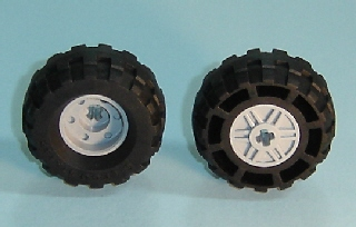 Lego 4 New Black Wheels 18mm D x 14mm Axle Hole Fake Bolts and Shallow Spokes