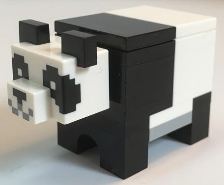 Figurka LEGO Panda z kostek zepředu