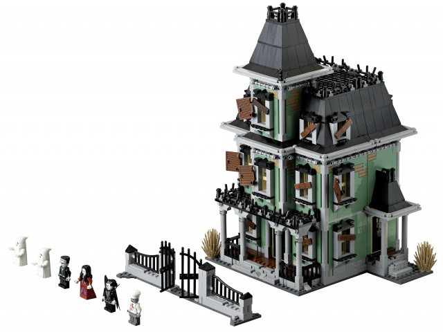lego haunted house - Lego Halloween Train