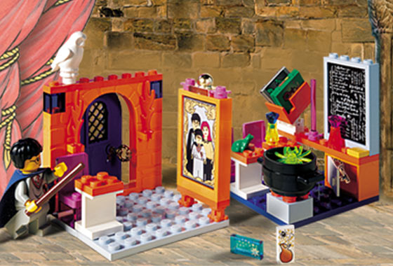 BrickLink - Set 4721-1 : Lego Hogwarts Classroom [Harry Potter ...