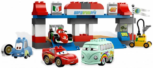 Bricklink Set 5829 1 Lego The Pit Stop Duplocars Bricklink