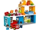 Set No: 10835  Name: Family House